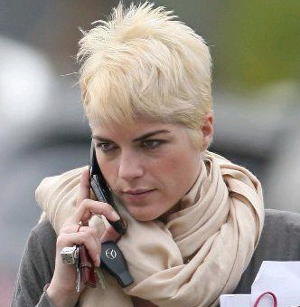 Selma Blair Goes Platinum! Love It Or Hate It